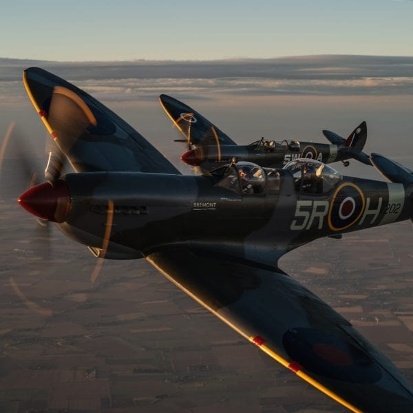 [Obrazek: AC-The-Spitfires-600x600.jpg]