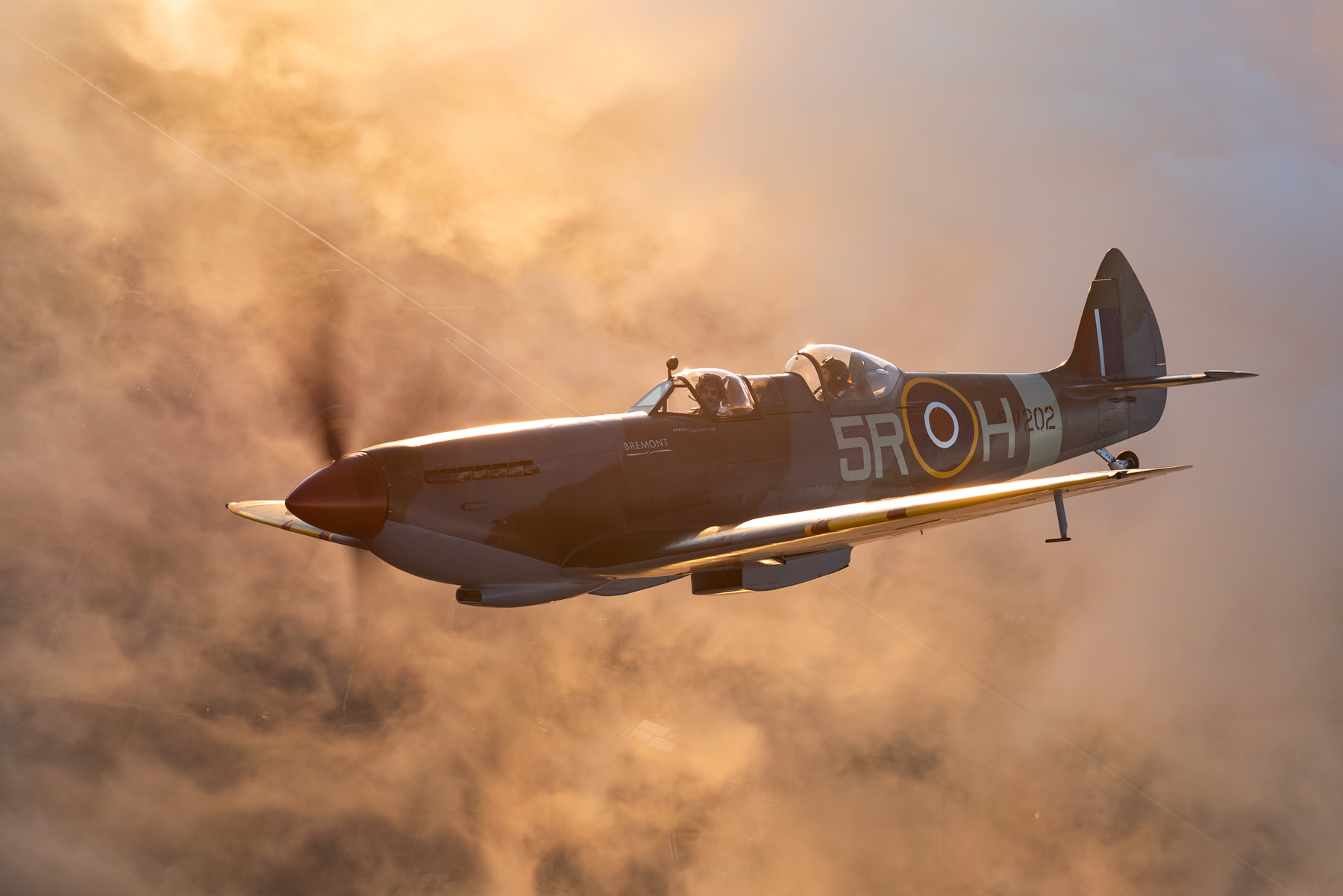 flying-a-spitfire-at-Aerial-collective