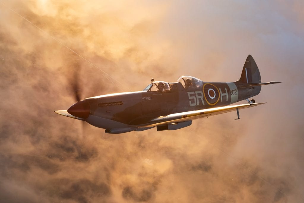 spitfire-in-action-sunlight